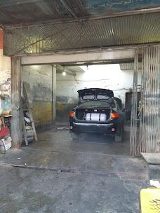 Akhtar Ustad Car Wash karachi