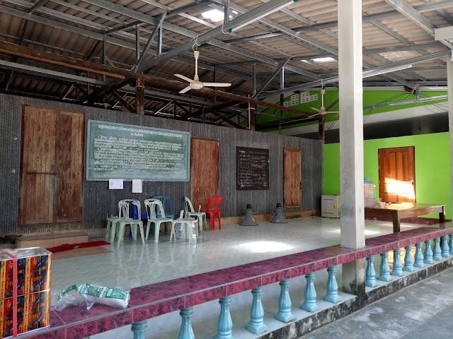 Ban Laem Yang Mosque