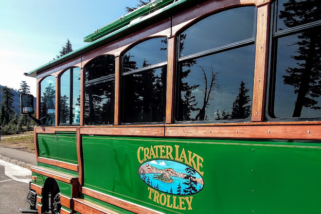 Crater Lake Trolley, Crater Lake National Park, United States