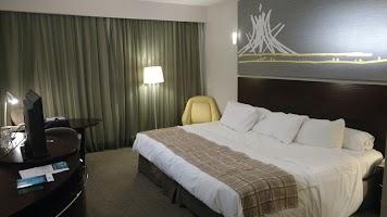 Nuwa Spa. O hotel Royal Tulip, localizado às margens do Lago Paranoá, é o  meu preferido na cidade. O hotel é bem localizado, tem uma excelente  estrutura, ...