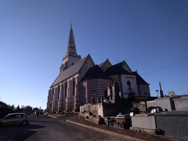 Église catholique Saint-Martin d'Arques et son Cimetière
