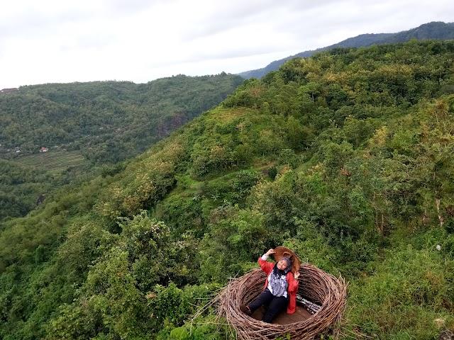 Mojo Gumelem Hill