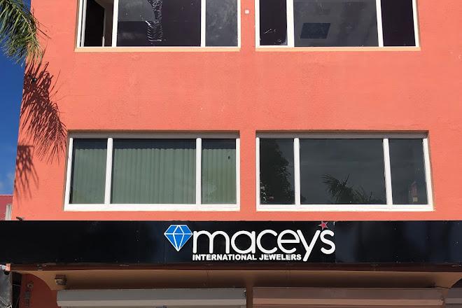 Macey's International Jeweler, Philipsburg, St. Maarten-St. Martin
