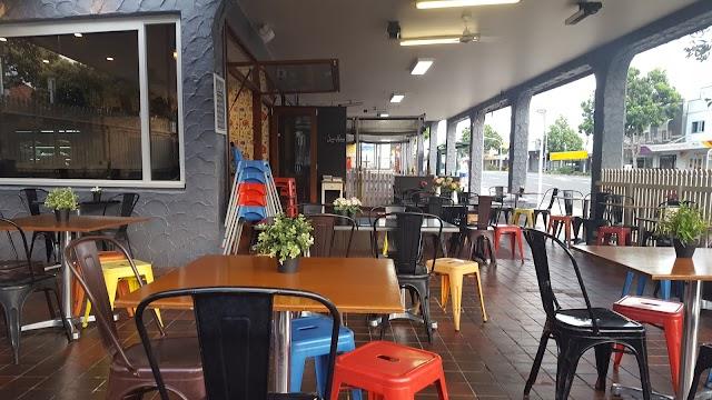 Deedot Coffee House