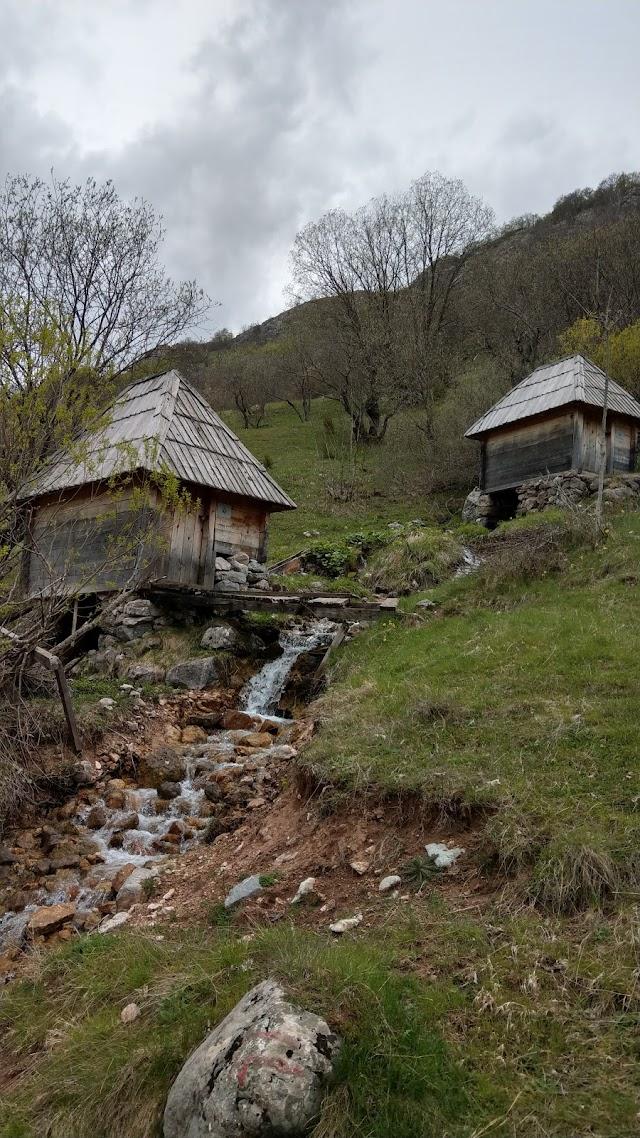 Umoljani Watermills