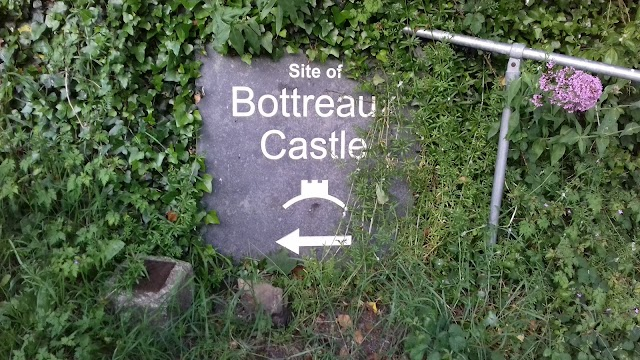 Site of Bottreaux Castle