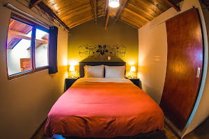 Wild Rover Backpackers Hostel Cusco 7