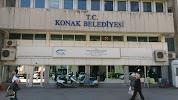 Konak Belediyesi на фото Измира