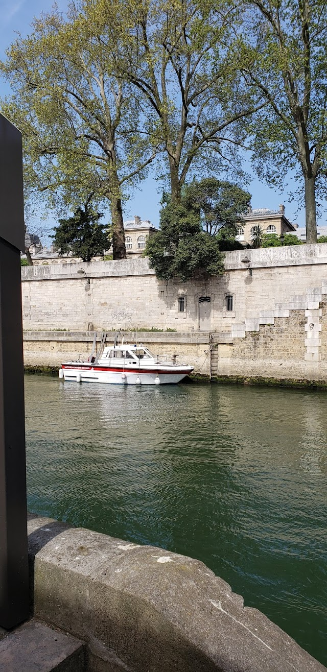 Port de Montébello Quai de Seine