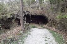Fantasy World Caverns, Eldon, United States