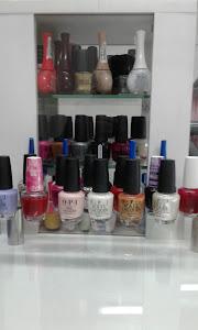 Salon spa Dina beaty and hair studios 0