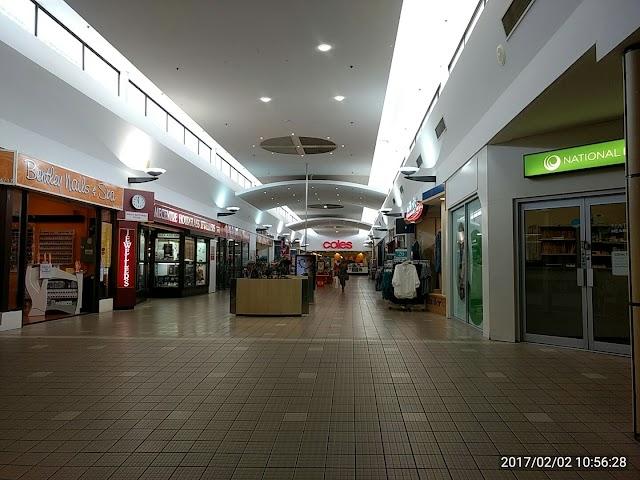 Bentley Plaza Shopping Centre