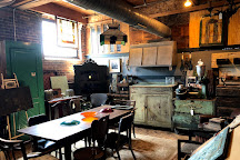 West End Architectural Salvage, Des Moines, United States