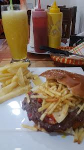 Snack Pizerria La Pekosa 0