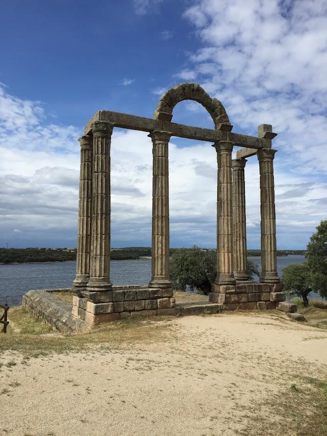Ruinas romanas Templo de la Cilla