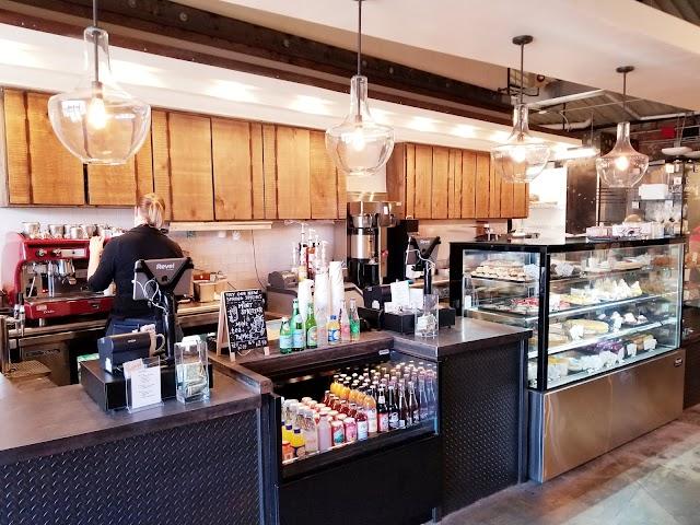 Guglhupf Bake Shop