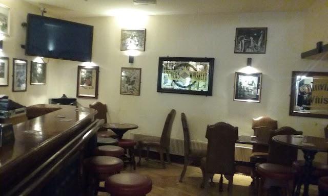 The Leeson Lounge