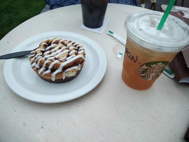Starbucks Coffee - AUTOGRILL Mc Arthur Glen Troyes
