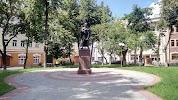 Памятник Святославу на фото Серпухова