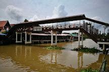 Bang Nok Khwaek Floating Market, Bang Khonthi, Thailand