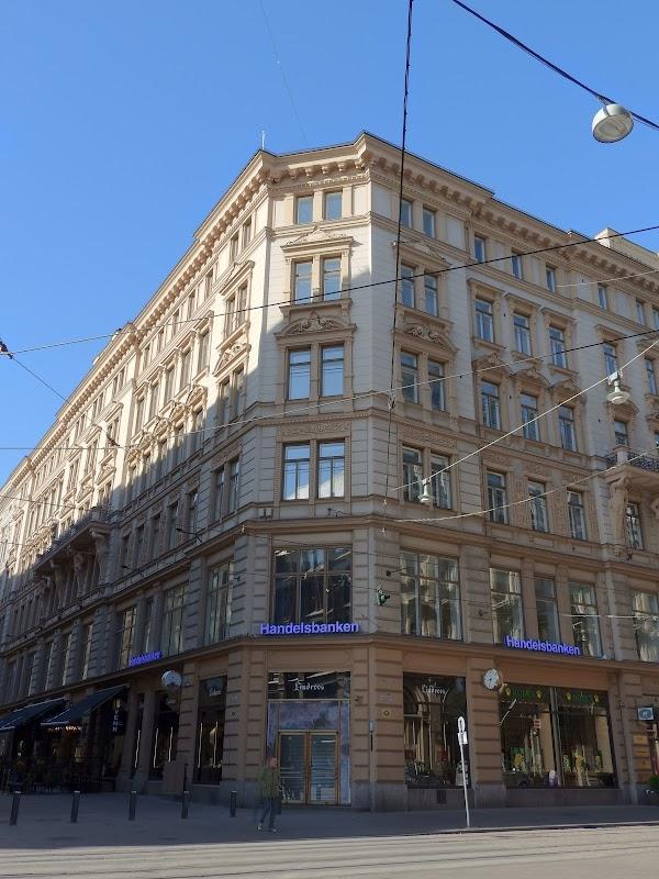Pankkiautomaatti Helsinki