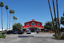Murray Family Farms, The Big Red Barn, Bakersfield, United States