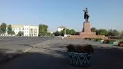 Памятник Ленина на фото Оша