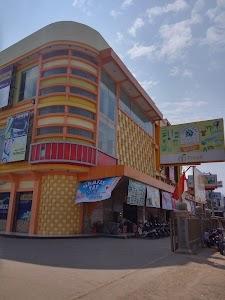 Fresh Swalayan & Bangunan