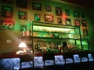1970 Lounge Bar 4