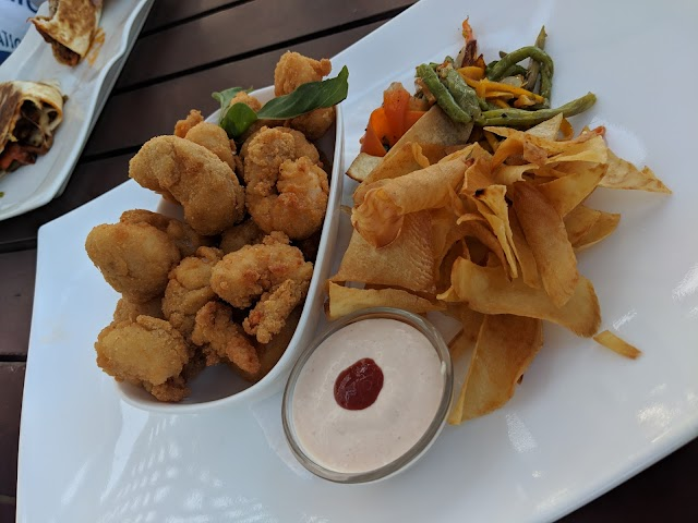 Atlantida Bistro Bar