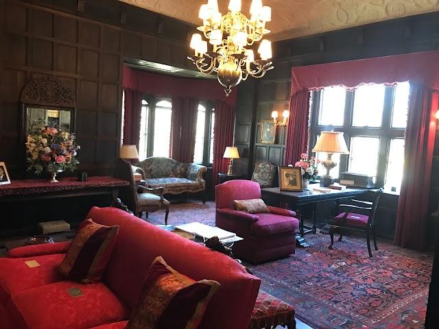 Coe Hall Mansion