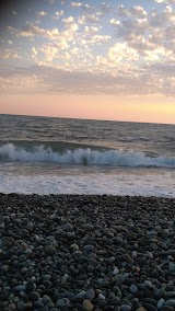 Городской пляж Огонек в Адлере