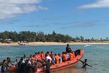Peri-Peri Divers, Tofo, Mozambique