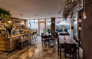 Café & Studio Flügel