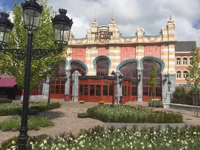 Plopsa Theater