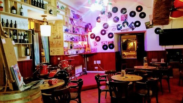 Art'Aska Lounge Caffe & Art Sweet Gelataria