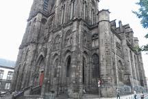 Place de Jaude, Clermont-Ferrand, France