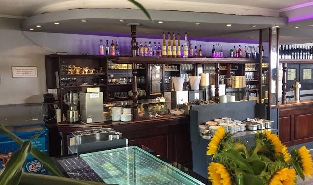 Im Nordpark - Cafe Restaurant