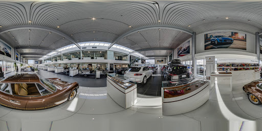 Pfaff Porsche | Toronto Google Business View