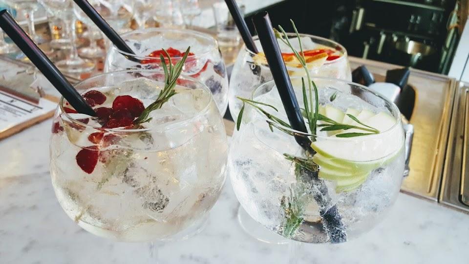 Gin&Tonic Bar