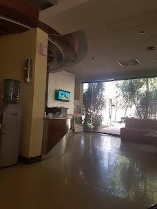 Dentist – Dr Arif islamabad