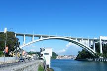 Ponte da Arrabida, Porto, Portugal
