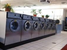 A & L Laundromat chicago USA