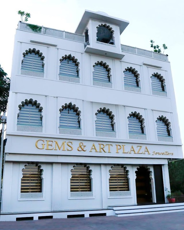 Gems & Art Plaza