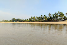 Arossim Beach, Cansaulim, India