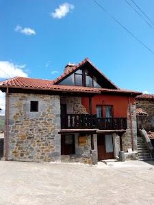 Apartamentos rurales La Plazuela | Asón