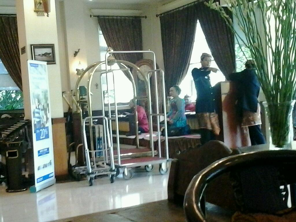 Hotel Istana Permata Ngagel Hotel Istana Permata Ngagel Around Guides