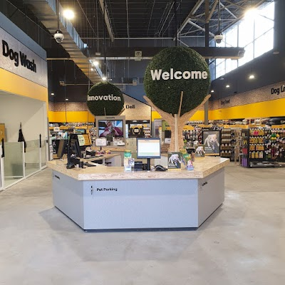 Petbarn Shellharbour