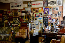 Deak's Mississippi Saxophones & Blues Emporium, Clarksdale, United States