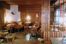 Bar Rustik, Pinzolo, Italy